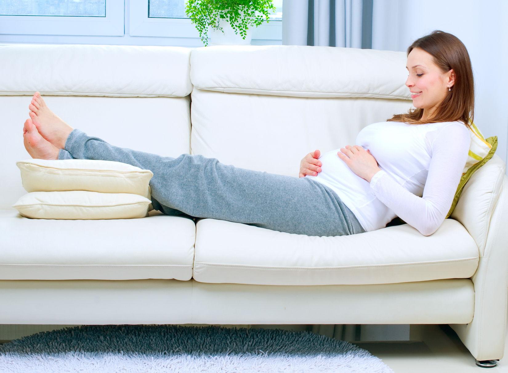 Отекают ноги у будущей мамы