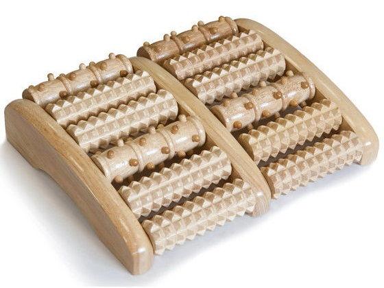 Массаж на деревянных роликах