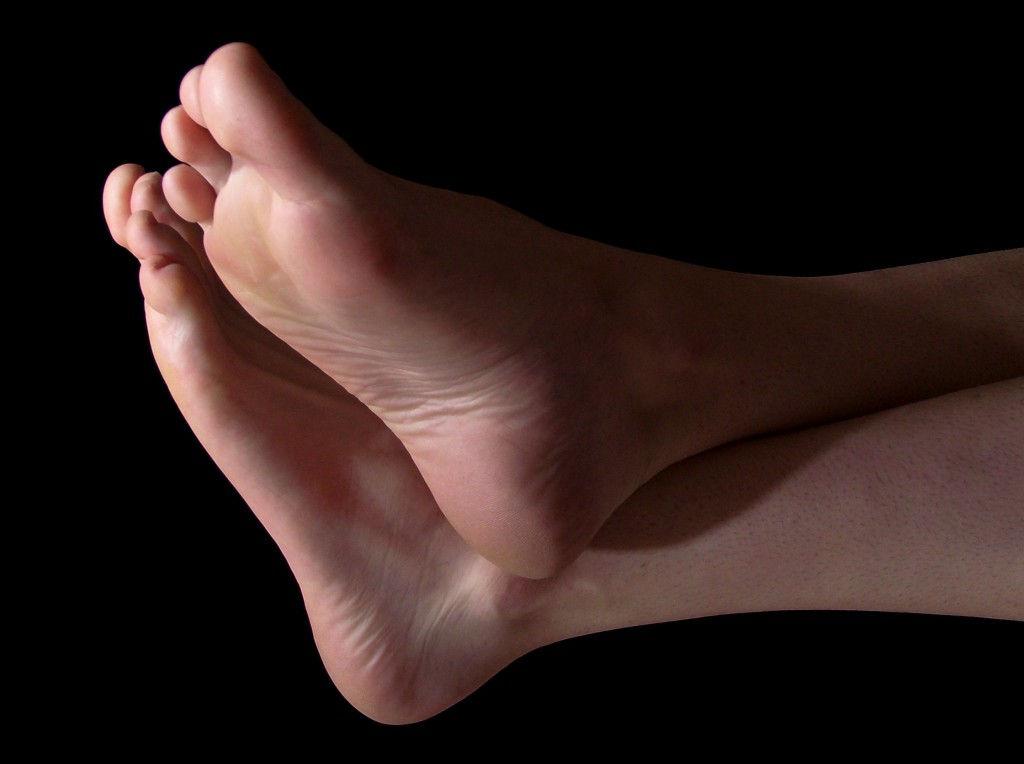 Вид здоровых ног
